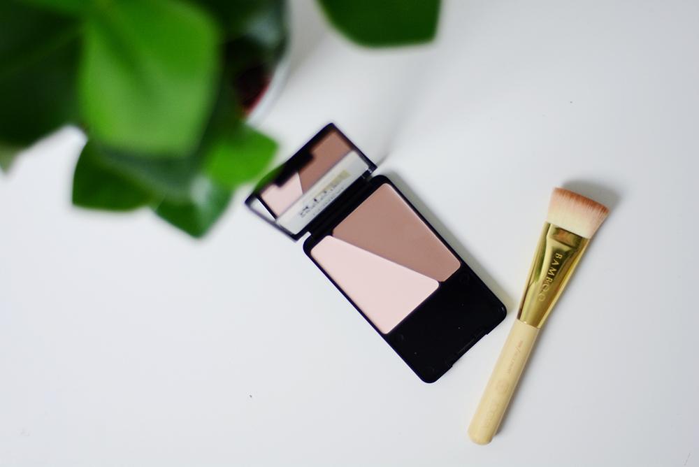 Review L'Oréal Indefectible Sculpt Contouring Palette