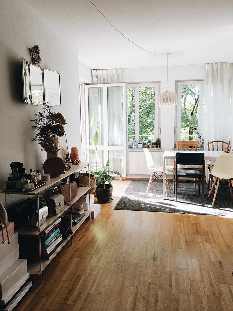 video roomtour wie ich meine neue wohnung gefunden habe amazed. Black Bedroom Furniture Sets. Home Design Ideas