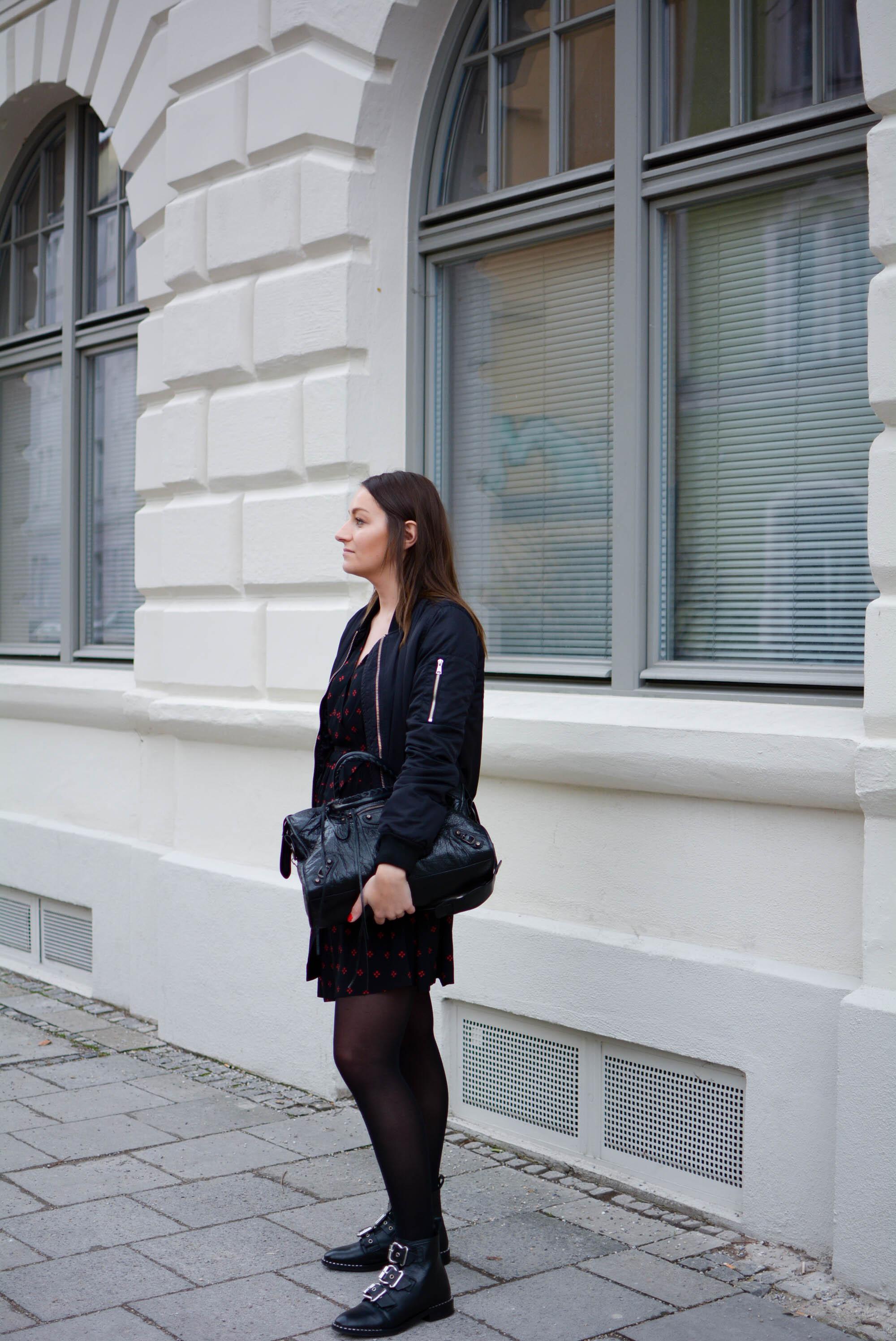 Outfit: Kleider im Alltag - amazed
