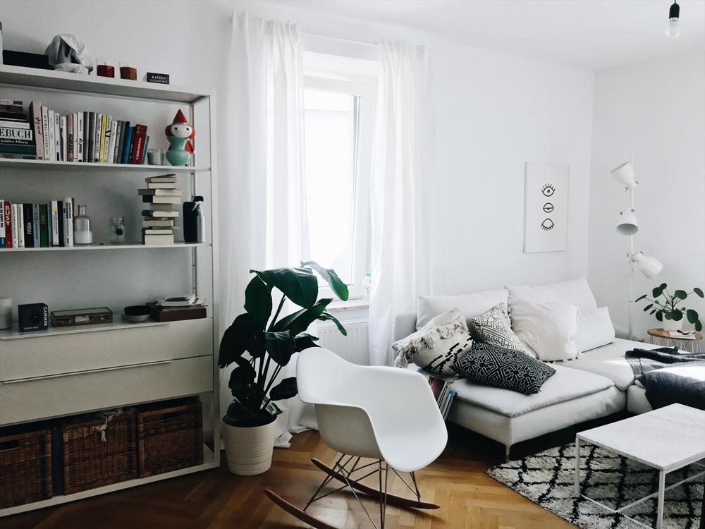 roomtour leben und arbeiten zu hause antonias wohnzimmer amazed. Black Bedroom Furniture Sets. Home Design Ideas