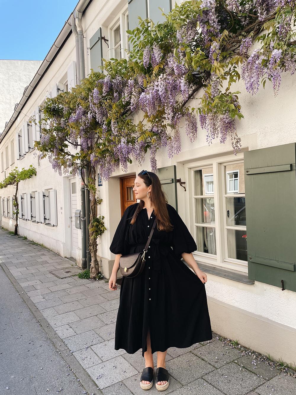 Outfit schwarzes Sommerkleid &other stories